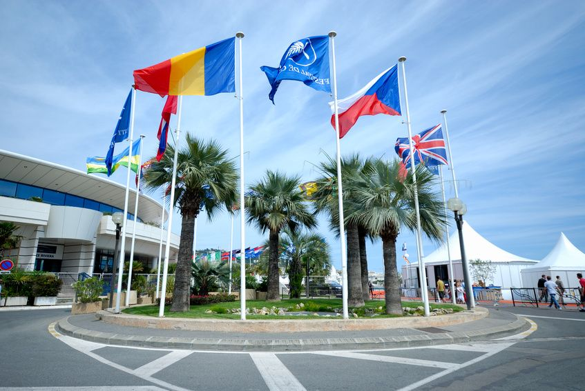flags;flagpools; producer of flagpools;producer of flags;digital printing;screen printing